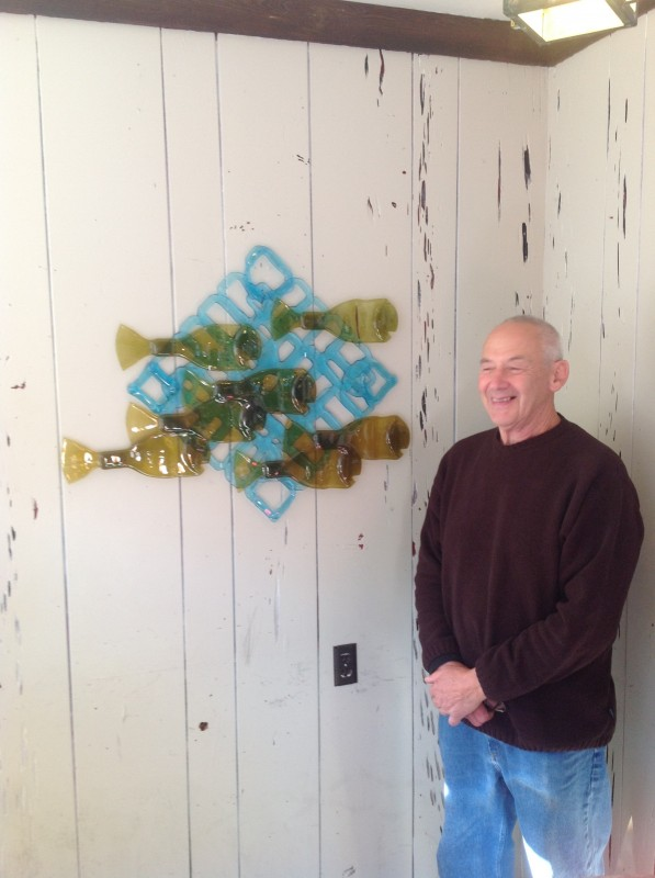 John Bassett At 7th Wave Restaurant Searts