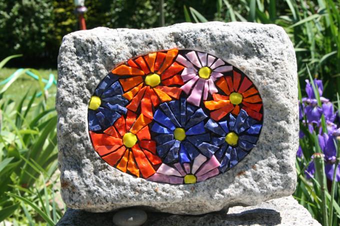 Granite Flower Cobble small